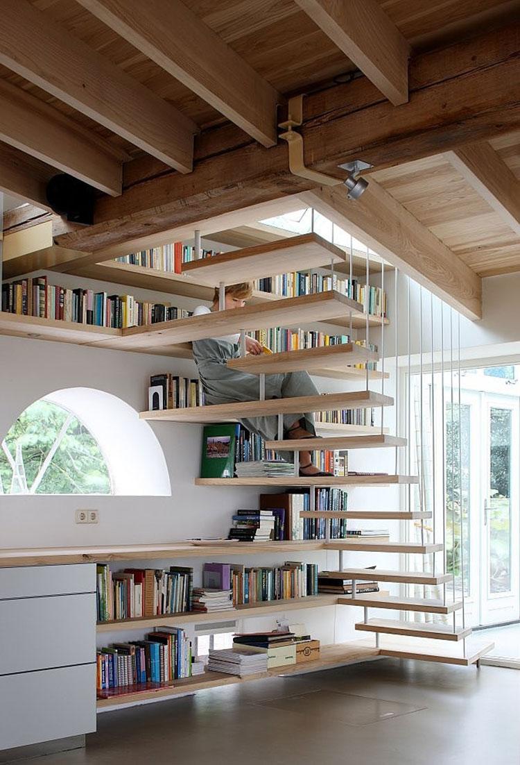 Idee per una scala con libreria integrata n.01