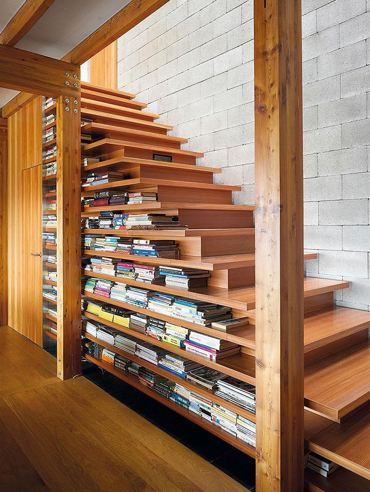 Idee per una scala con libreria integrata n.10