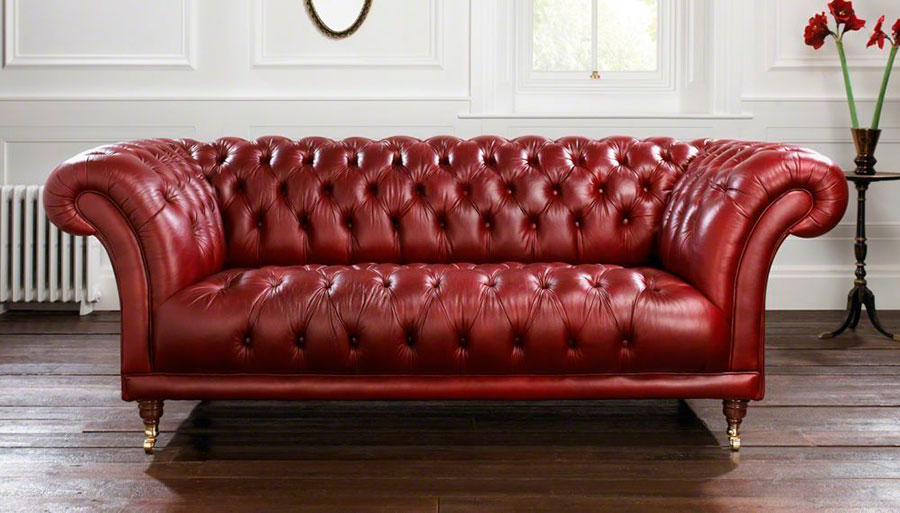 Modello di divano rosso in pelle n.01