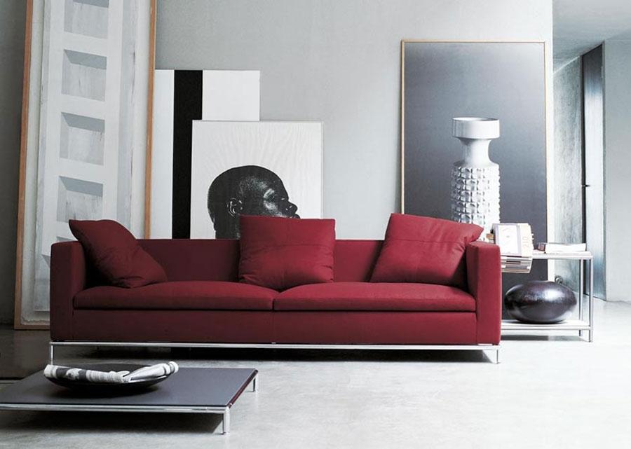 Modello di divano rosso in tessuto n.02