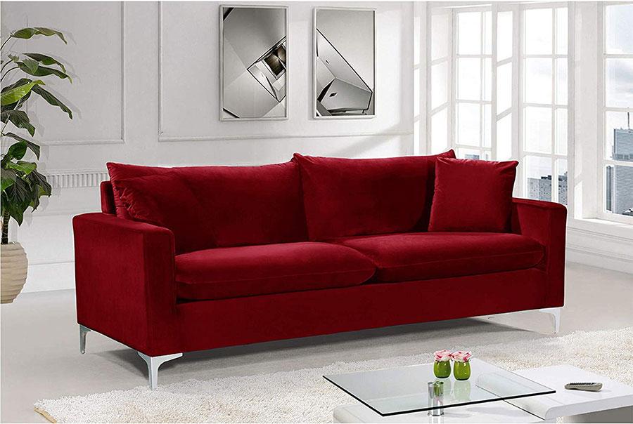 Modello di divano rosso in velluto n.02