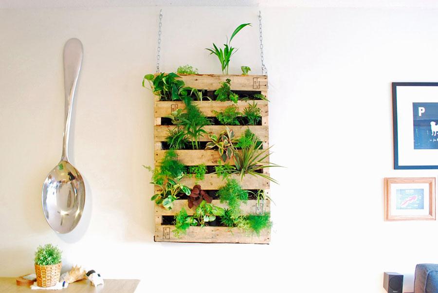 Modello di fioriera verticale fai da te n.06