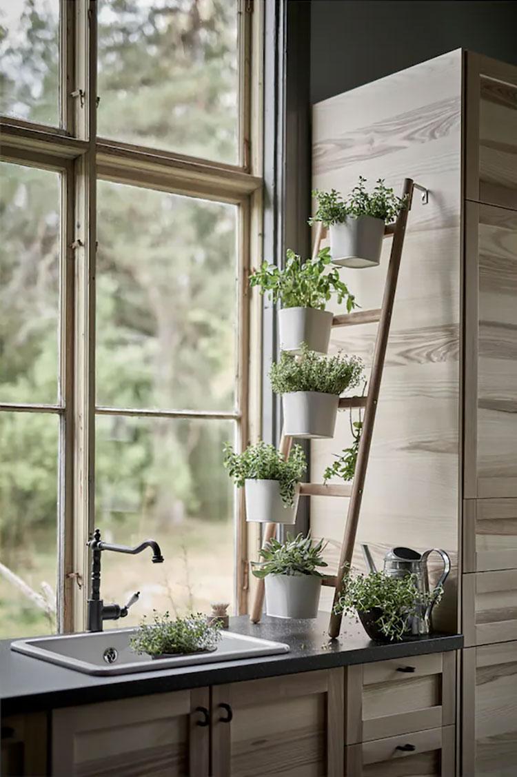 Modello di fioriera verticale Ikea n.01